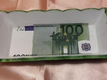 Vente au détail: Vide poche 100 euros