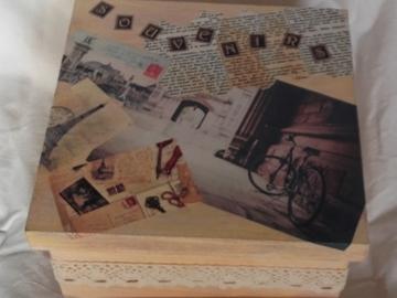 Vente au détail: Boîte de rangement vintage