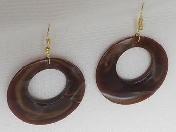 Sale retail: Boucles d'oreilles cercles café