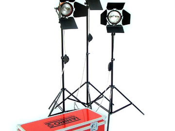 Vermieten: Ianiro Licht Set