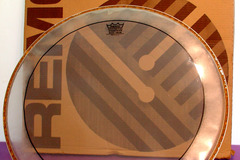 "Selling with online payment: REMO PS-1322-00 Pinstripe Clear 22"" Bass Drum Head"