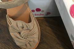 Ilmoitus: Morsiusneidon kengät