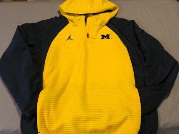 Selling A Singular Item: Pullover hooded jacket