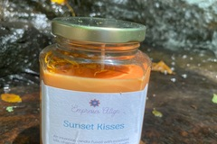Selling with online payment: Sunset Kisses peace & serenity intention candle