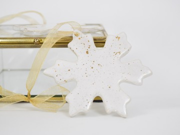 Selling: Snowflake Ornament | 22k Gold