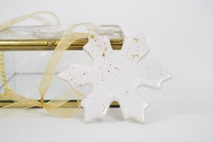 Selling: Snowflake Christmas Tree Ornament | 22k Gold