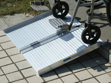 RENTAL:  Rent Scooter Portable Ramp in Miami