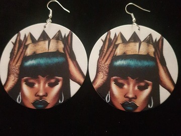 For Sale: Queen Earrings