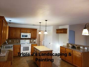 Offering without online payment: Triple J's Landscaping Kitchen Cabinet Paiters in Fort worth