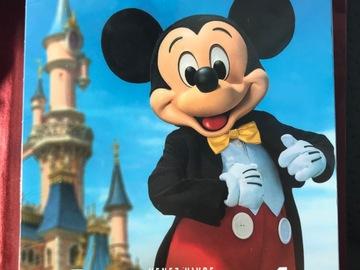 """Vente: Coffret Tick&Box """"Disneyland Paris"""" 1 jour / 1 parc (158€)"""