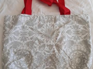 Vente au détail: Sac tote bag gris