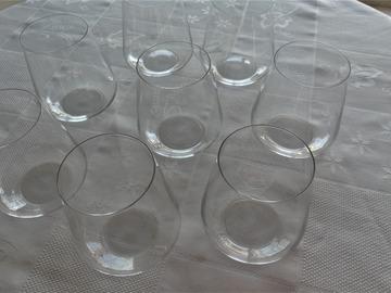 Troc: Huit beaux verres
