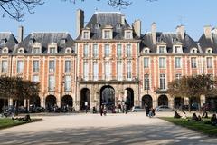 10 Minutes Trial Video Call: Draw me a Paris of dream