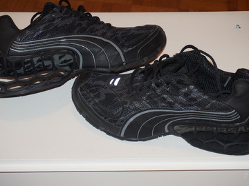 Troc: Chaussures de running PUMA noir