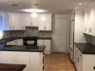 Offering without online payment: Costa Kitchen Cabinet Painters in Framingham
