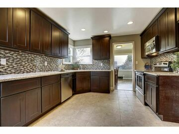 Offering without online payment: E&A Pro Services Kitchen Cabinet Painters in Grand Prairie