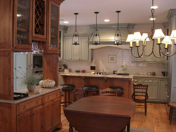 Offering without online payment: Martinez Kitchen Cabinet Painting Painters in East Texas