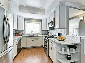 Offering without online payment: No Corners Uncut Kitchen Cabinet Painters in Louisville