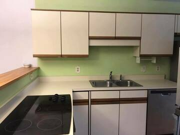 Offering without online payment: Hall's Walls & Ceilings Kitchen Cabinet Painters in Wilmington