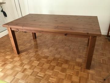 Vente: Table à manger en bois massif