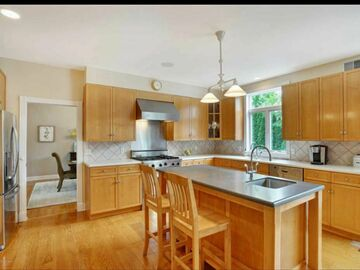 Offering without online payment: Mile High Custom Painting LLC Kitchen Cabinet Painters in Denver