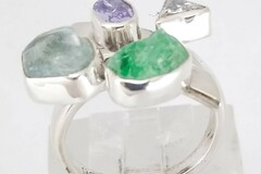 Selling with online payment: Sterling Silver Ring with Emerald, Aquamarine
