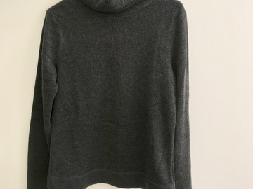 Myydään: Old Navy turtleneck sweater