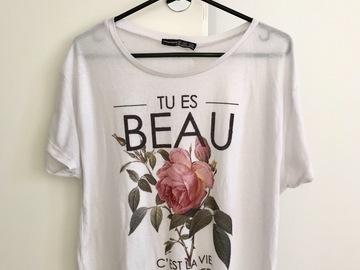 Myydään: Atmosphere t-shirt