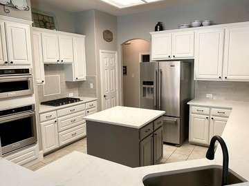 Offering without online payment: Nathan's Painting Co Kitchen Cabinet Painters in Sevierville