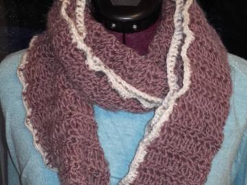 Vente au détail: Tour de cou écharpe en laine