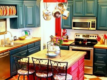 Offering without online payment: Liddy's Painting Kitchen Cabinet Painters in Weymouth