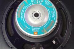 "Selling with online payment: JBL model GT-102D 10"" Speaker"