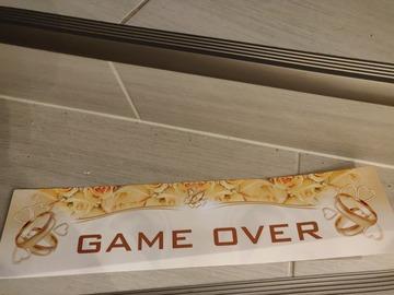 Ilmoitus: Game over kyltti