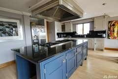 Offering without online payment: Kitchen Cabinet Painting Painters