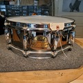 Selling with online payment: Pearl Chad Smith 5x14 black chrome on steel snare drum VG
