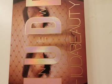 Venta: New Nude Huda Beauty