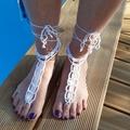 Vente au détail: Bijoux de pied blanc perles nacrées saumon