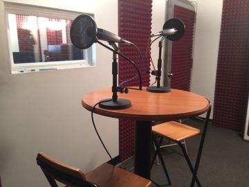 Rent Podcast Studio: Stand Up Sound