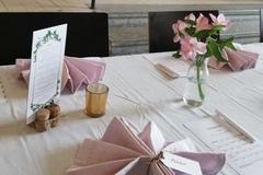Ilmoitus: Vaaleanpunaiset pellavalautasliinat 60 kpl