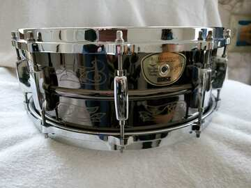 """Selling with online payment: """" Slim Jim """" Phanthom PEACE snare drum"""