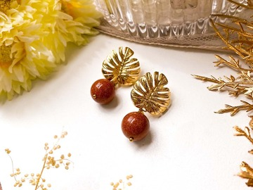 : Golden Monstera Goldstone Dangle Earrings