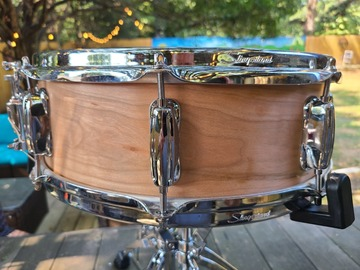 Selling with online payment: Biggy Drums/ With Famous Drum Co Shell