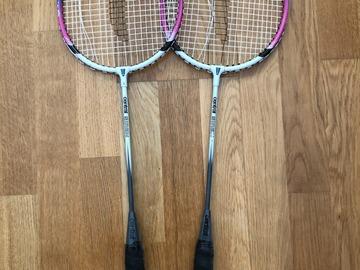 Annetaan: badminton rackets