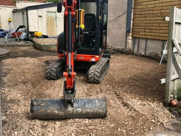 Daily Equipment Rental: Kubota 3 ton Mini Excavator