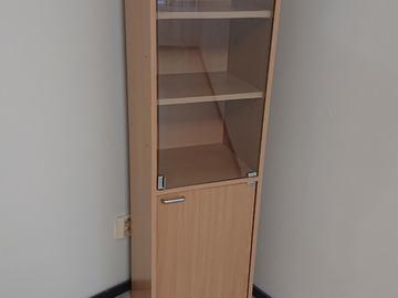 Myydään: Small Shelf