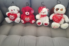 Liquidation/Wholesale Lot: Valentines Day Mixed assorted teddy bears – 22 total qty