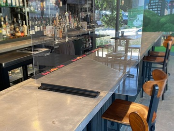 Products for Sale: POLYCARBONATE BAR PARTITIONS