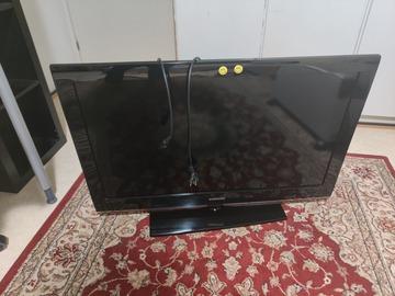 """Myydään: Samsung Full HD Tv (not smart) 40"""""""