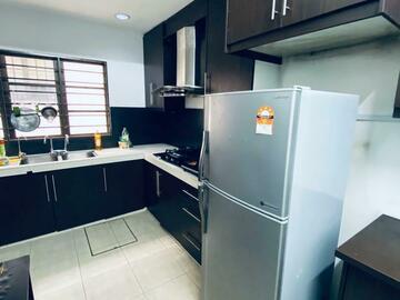 For rent: Limited Only! TAMAN MEGAH EMAS, KELANA JAYA