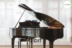 .: Shutters voor muziekruimte   Door Zicht